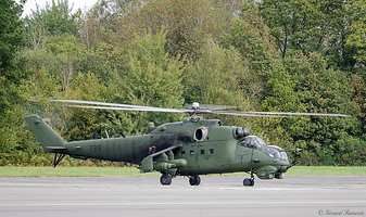 Mil Mi-24D -Hind- (Poland Air Force) 2