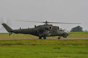 Mil Mi-24D -Hind- (Poland Air Force) 4