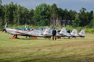 The Blades sur Extra 300S (Anciens pilotes des Red Arrows)